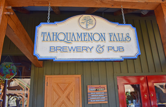 Tahquamenon Falls Brewery Pub and Restaurant | Great UP Restaurants | UP Brewery and Pubs | UP Breweries