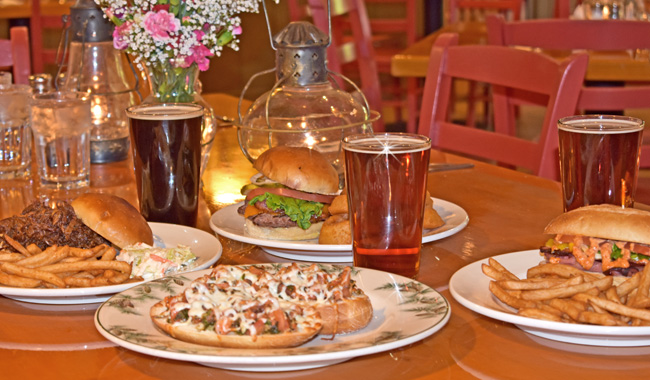 Tahquamenon Falls Brewery and Pub | UP Breweries | Michigan Micro Breweries | MI Restaurants | UP Restaurants | UP Fine Dining | Where to eat in the UP?